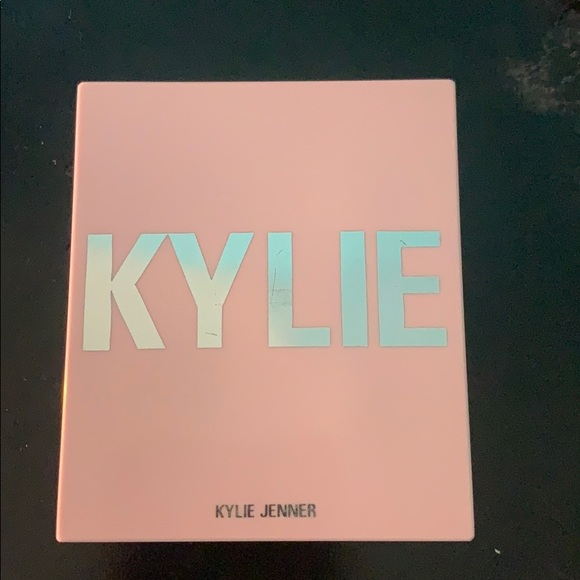 Kylie Cosmetics Other - Kylie cosmetics blush